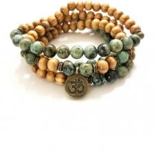 Be Strong Holz Hand-Mala