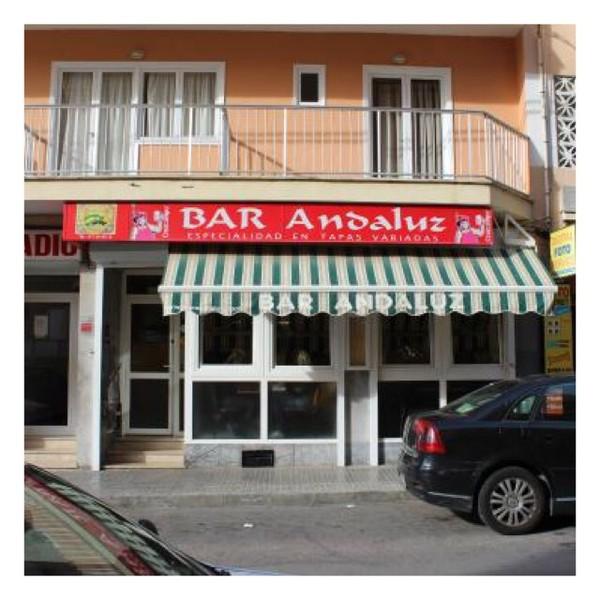 herzteil-fassade-bar-andaluz